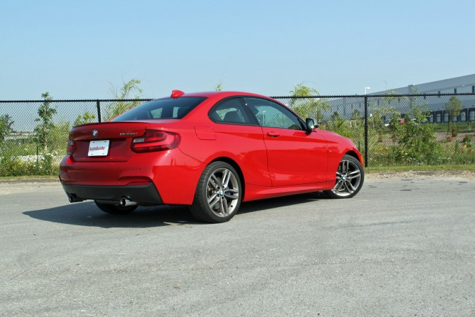2015-BMW-M235i-xDrive-Review-rear-3q-side