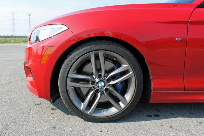 2015-BMW-M235i-xDrive-Review-wheels2