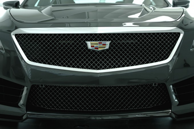 2016 Cadillac CTS-V Grille 01