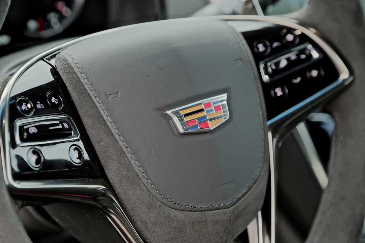 2016 Cadillac Cts V Steering Wheel 01 Drivers And Pengers Are Treated To A Suitably Luxurious Interior That S Hand Crafted With Top Shelf Materials