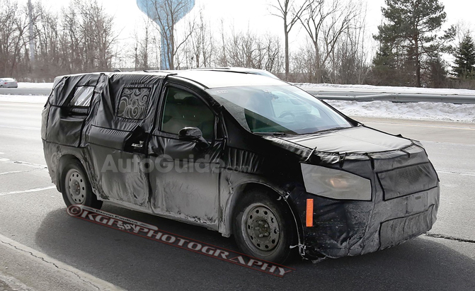 2017 chrysler town country debuting in january. Black Bedroom Furniture Sets. Home Design Ideas