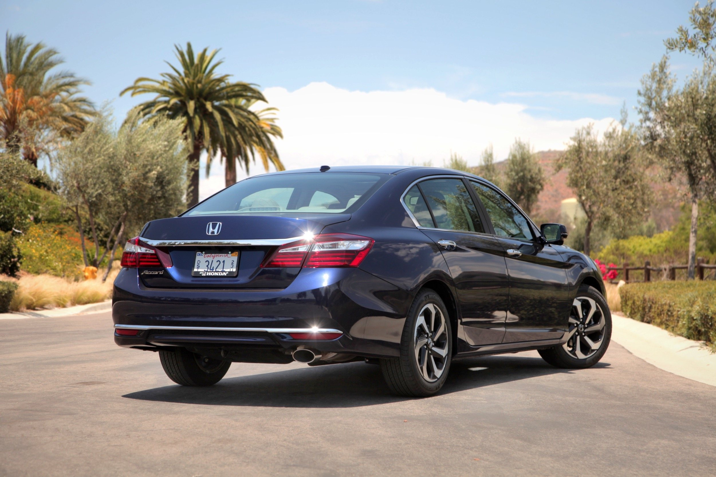 2016 Honda Accord Review