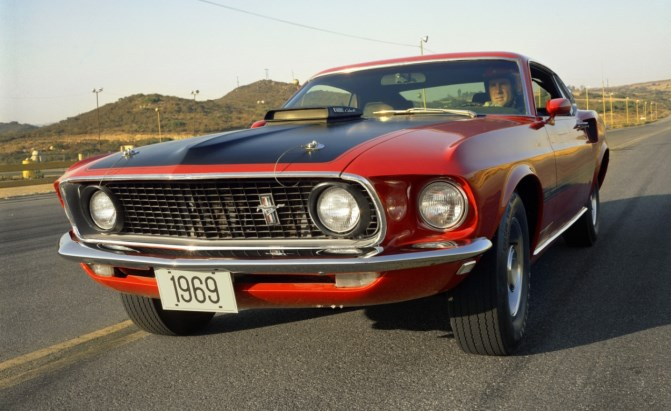 Ford-Mustang-Mach-1-1