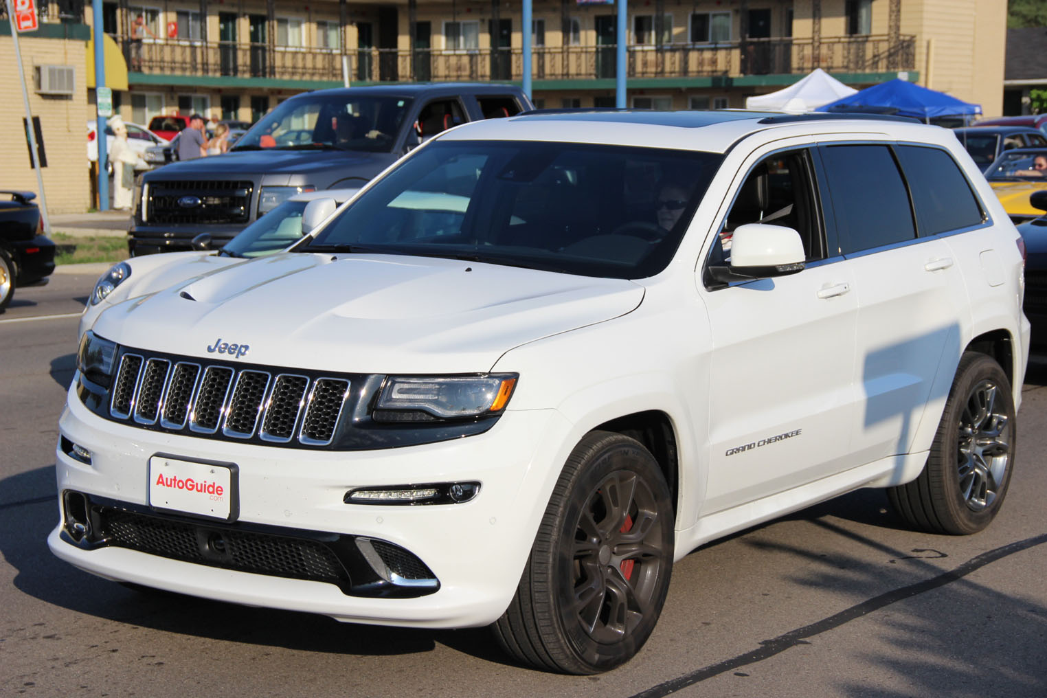 2015 jeep grand cherokee srt review news. Black Bedroom Furniture Sets. Home Design Ideas