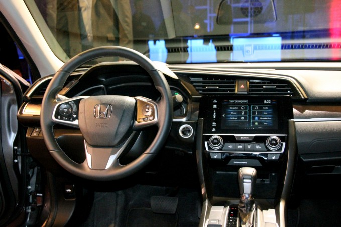 2016-Honda-Civic-Interior2