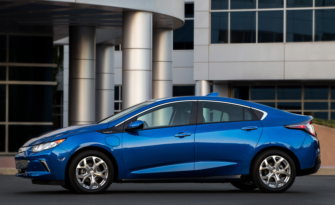 2016 Chevrolet Volt Hypermiler Drives 111 9 Miles In All Electric Mode