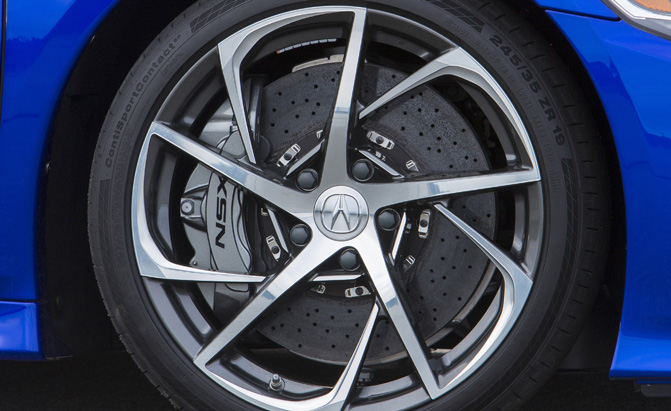 2017-acura-nsx-brakes-wheels-tires