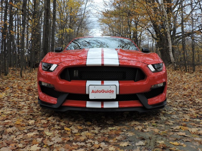 2016-Ford-Shelby-Mustang GT350-04