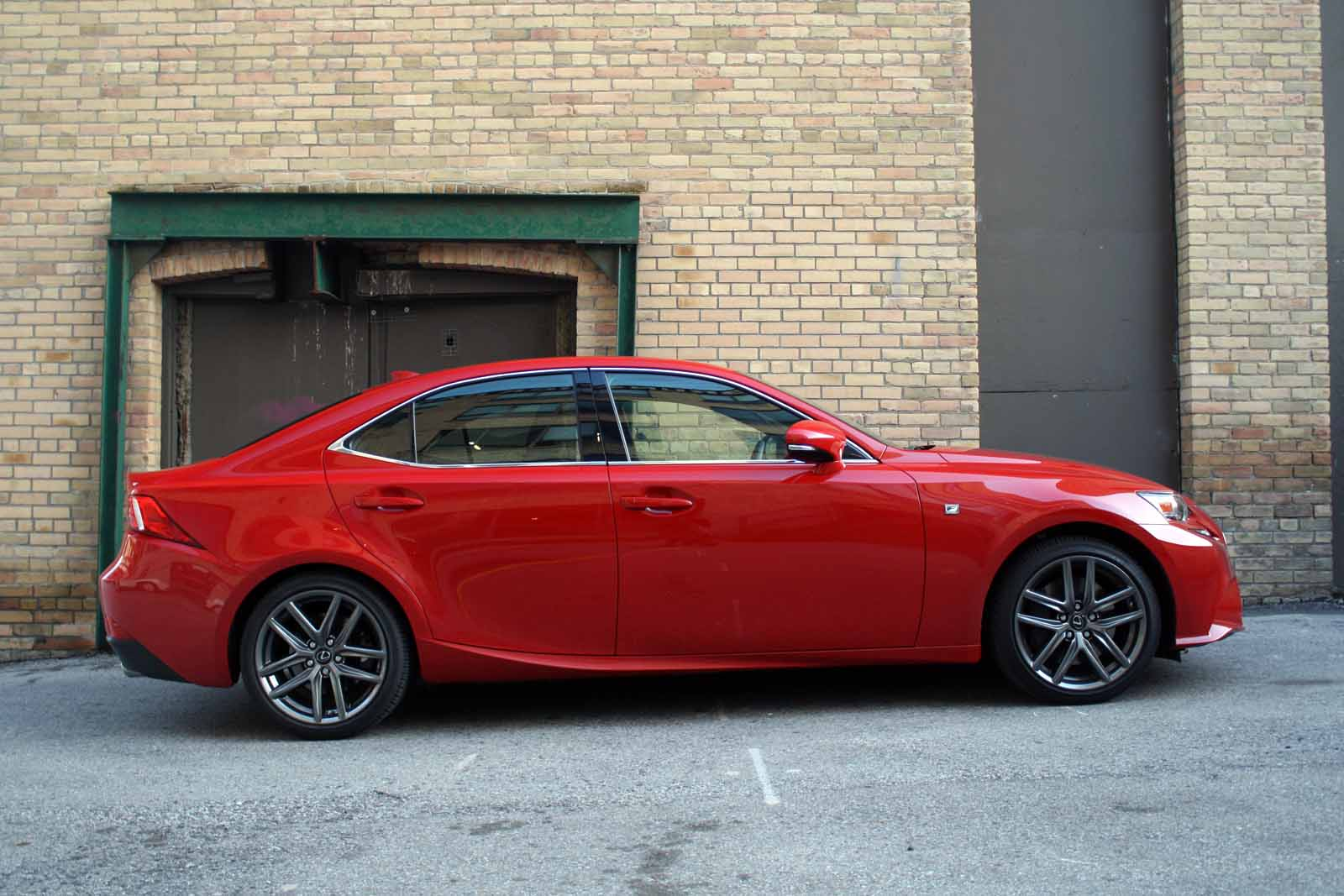 2016 lexus is 200t review autoguidecom news
