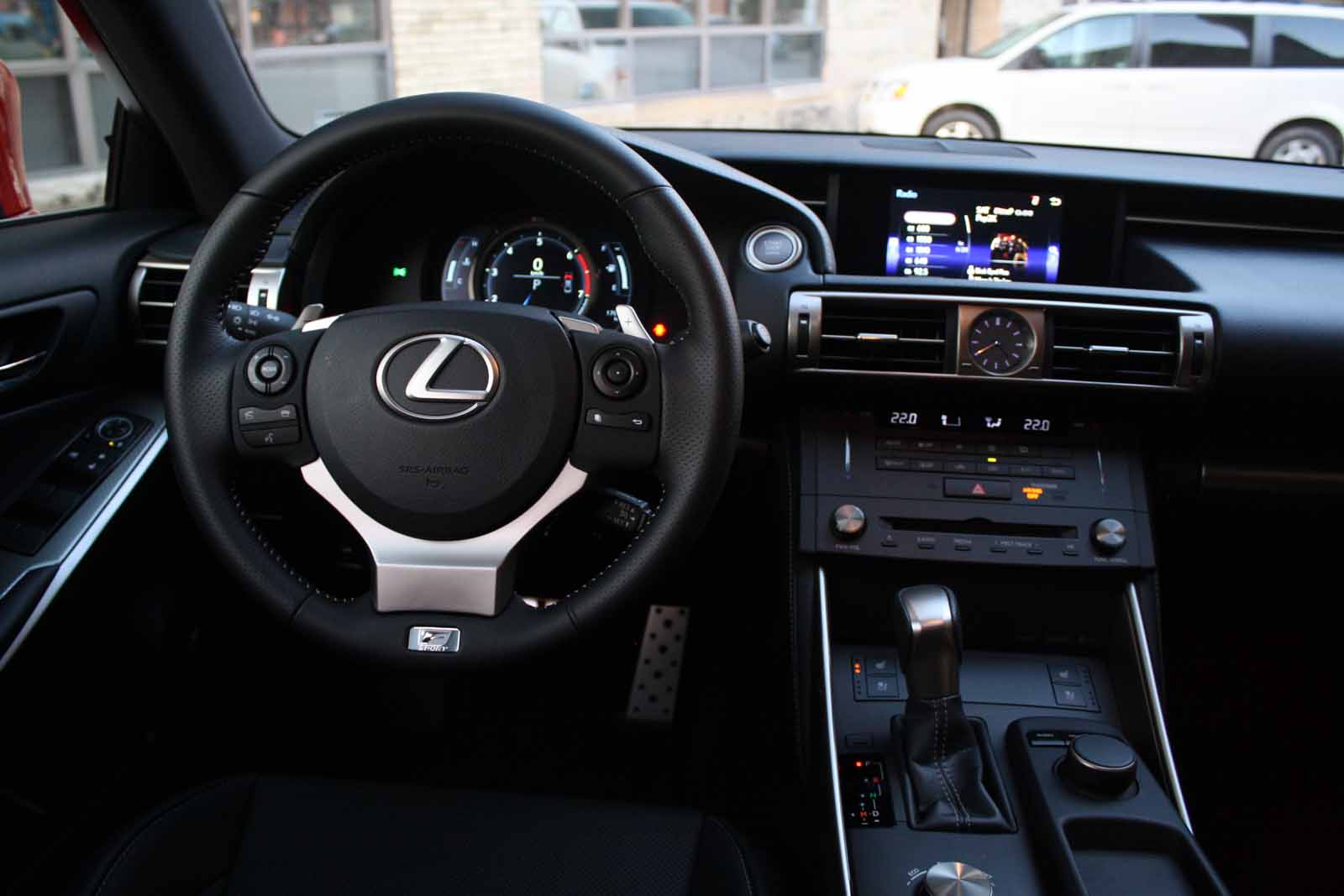 2016 lexus is 200t 34