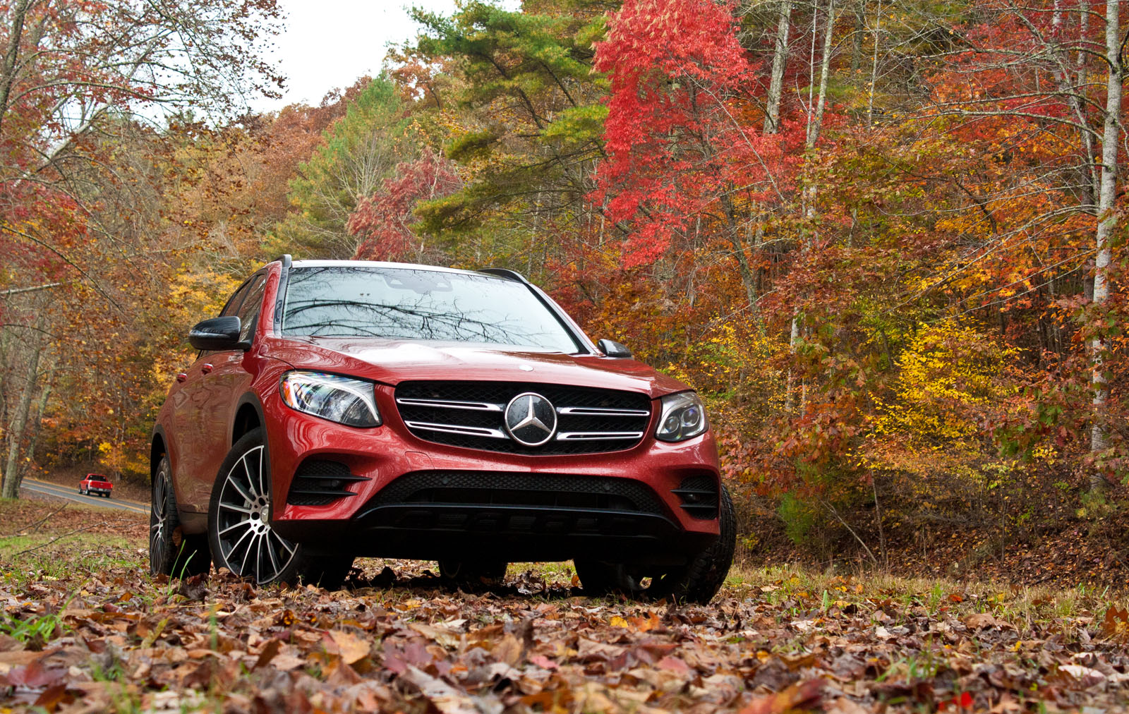 2016 mercedes benz glc 300 4matic review news for Mercedes benz 4matic meaning