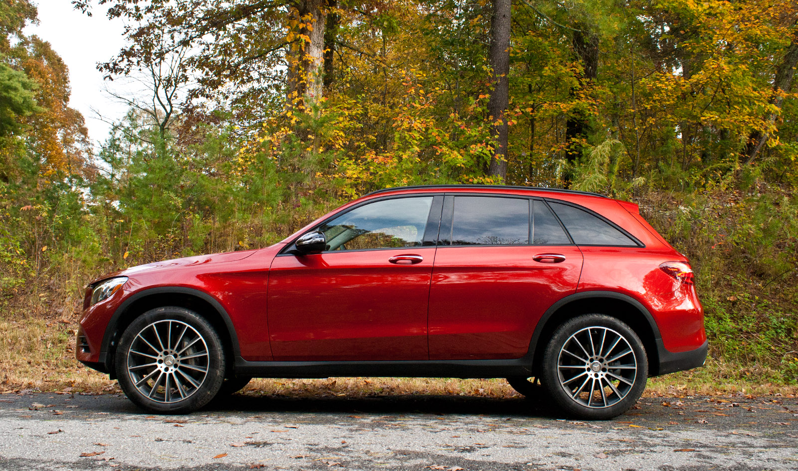 2016 mercedes benz glc 300 4matic review news for What does 4matic mean on the mercedes benz