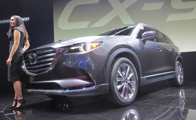 2016 mazda cx 9 video first look. Black Bedroom Furniture Sets. Home Design Ideas