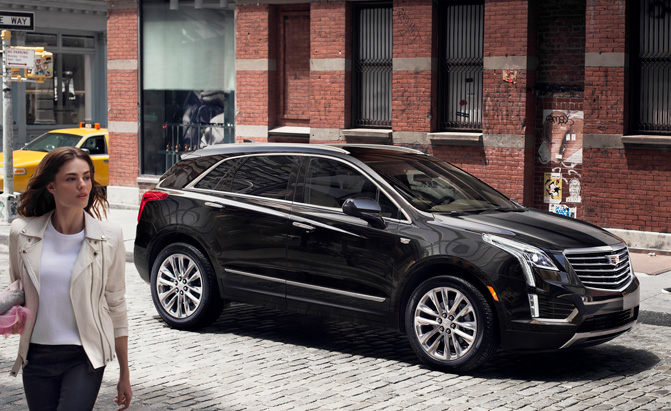 2017 cadillac xt5 ushers in new series of luxury crossovers. Black Bedroom Furniture Sets. Home Design Ideas