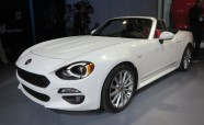 Fiat 124 Spider Revealed: Think of it as the Miata's Italian Cousin