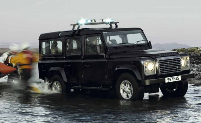 land rover defender going out of production news. Black Bedroom Furniture Sets. Home Design Ideas