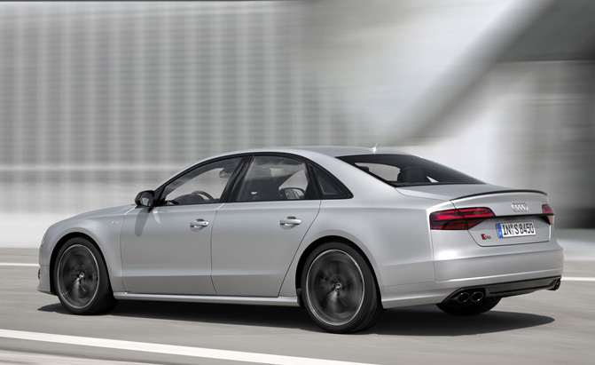 audi-s8-dynamic-package