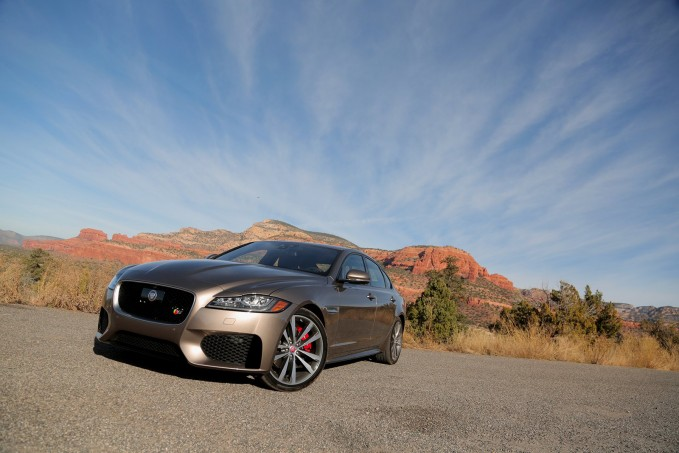 2016-Jaguar-XF-S-Front-Three-Quarter-02