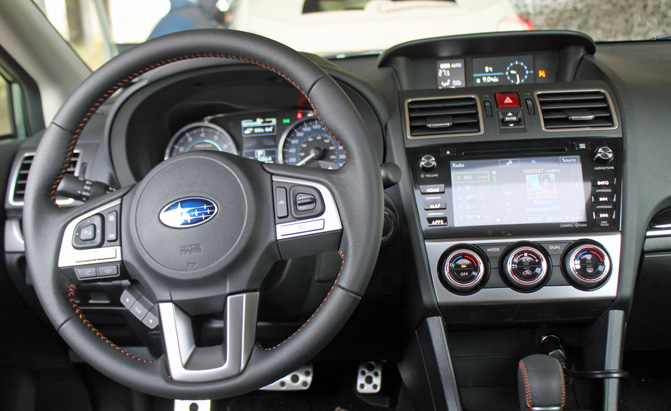 2016-subaru-crosstrek-review-interior