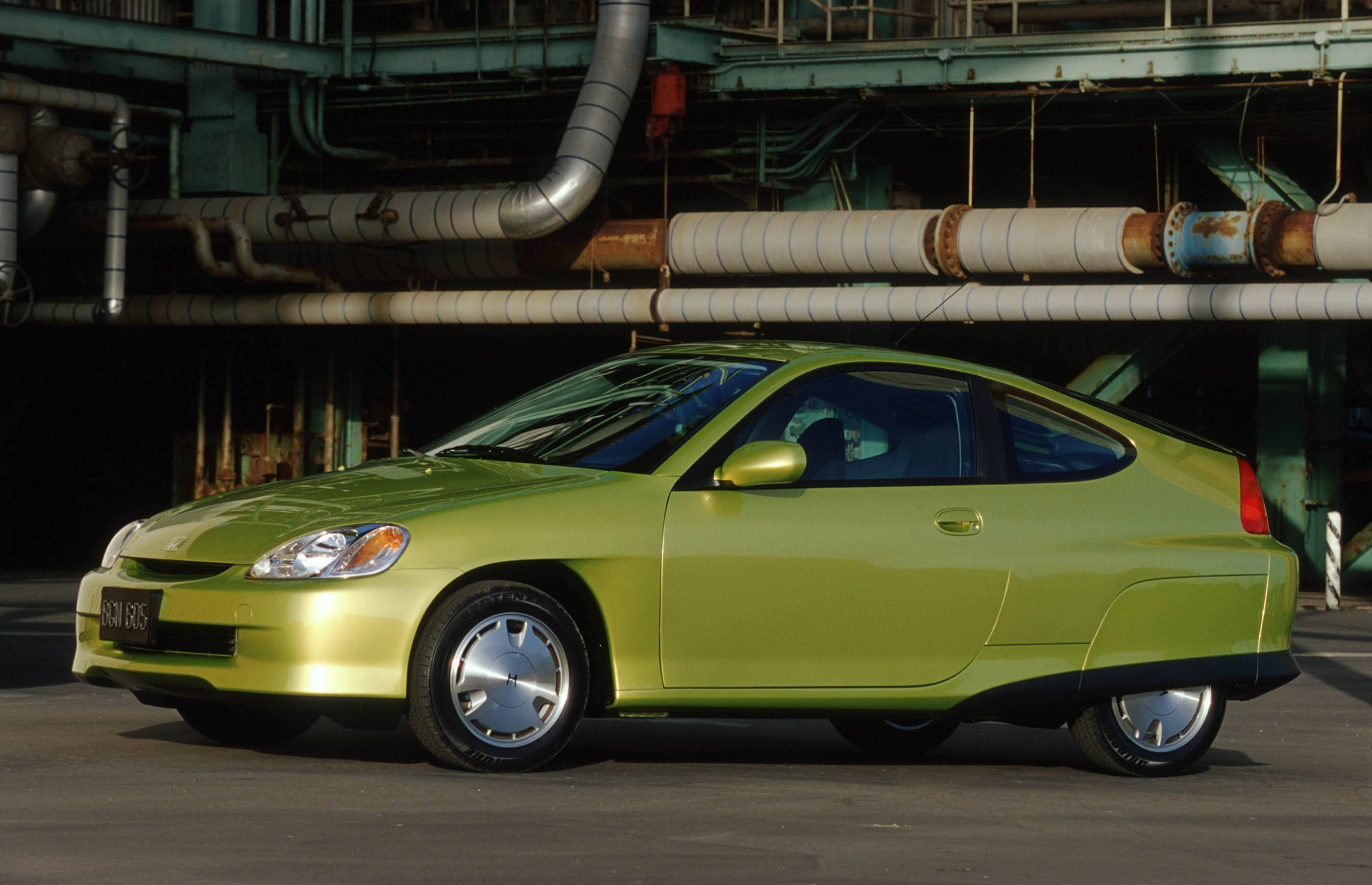 How The Toyota Prius Killed The Honda Insight In The