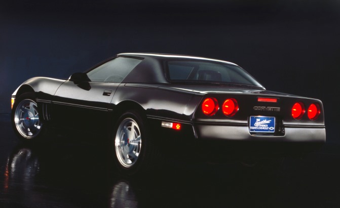 Top 10 Best American Sports Cars of the '80s » AutoGuide ...