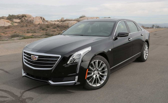 2016-Cadillac-CT6-Front-Three-Quarter-01