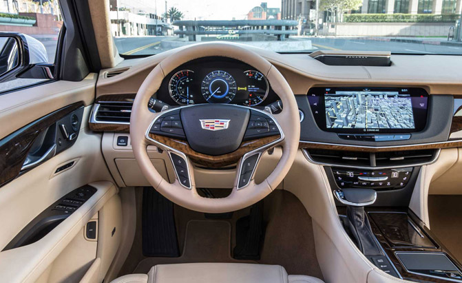 2016-Cadillac-CT6-Interior-02