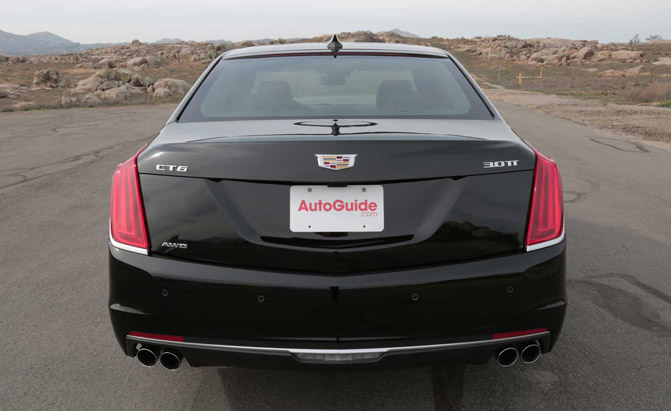 2016-Cadillac-CT6-Rear-01