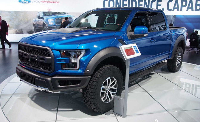 Lincoln Town Car 2016 >> The Ford Raptor Returns, But Without a V8