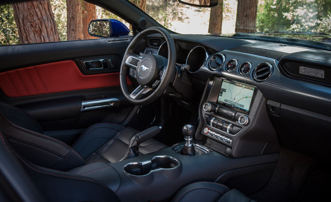 2015-Ford-Mustang-Interior