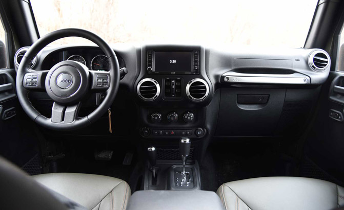 Captivating 2016 Jeep Wrangler Unlimited Interior 01