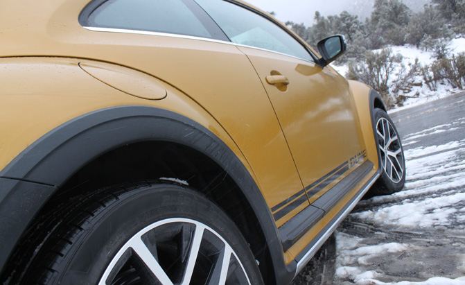 2016-VW-Beetle-Dune-Review (18)