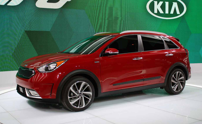 kia considering all electric version of new niro crossover news. Black Bedroom Furniture Sets. Home Design Ideas