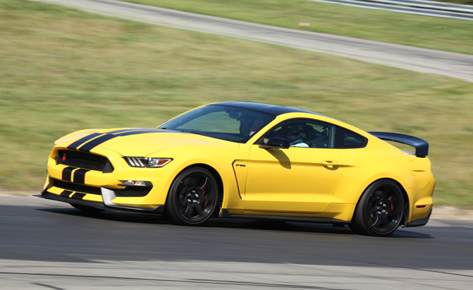 ford-mustang-shelby-gt350r