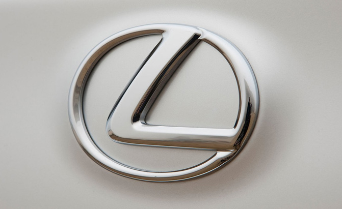 lexus-badge
