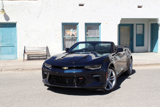 2016-Chevrolet-Camaro-Convertible-review-9