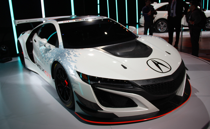 Acura Nsx Gt3 Race Car Looks Even Crazier Than Production