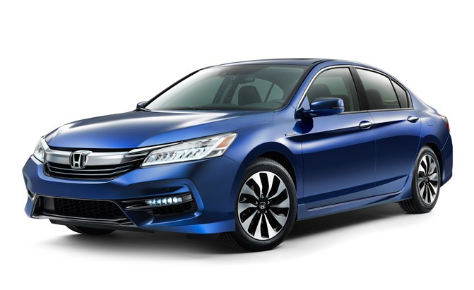 1 2017 Honda Accord Hybrid