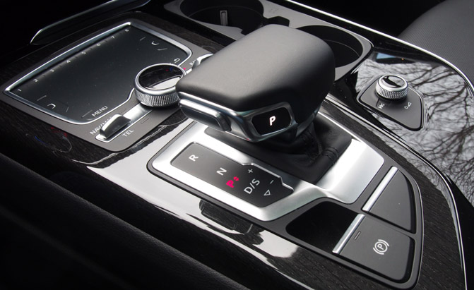 Audi-MMI-All-In-Touch-02