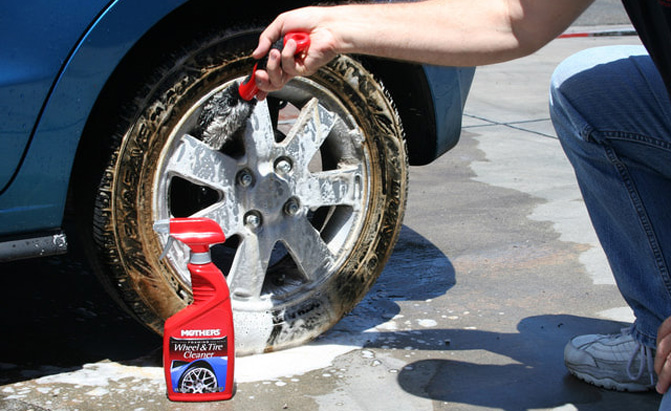 7 Affordable Car Cleaning Products You Definitely Need