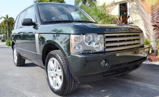Drive Through The Hollywood Hills And You Ll See Range Rover After This Is Go Anywhere Suv That Haves Simply Have