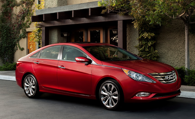 hyundai sonata recalled for power steering issue news. Black Bedroom Furniture Sets. Home Design Ideas
