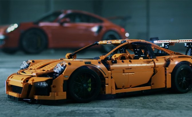 The Lego Porsche 911 Gt3 Rs Is Expensive But We Still