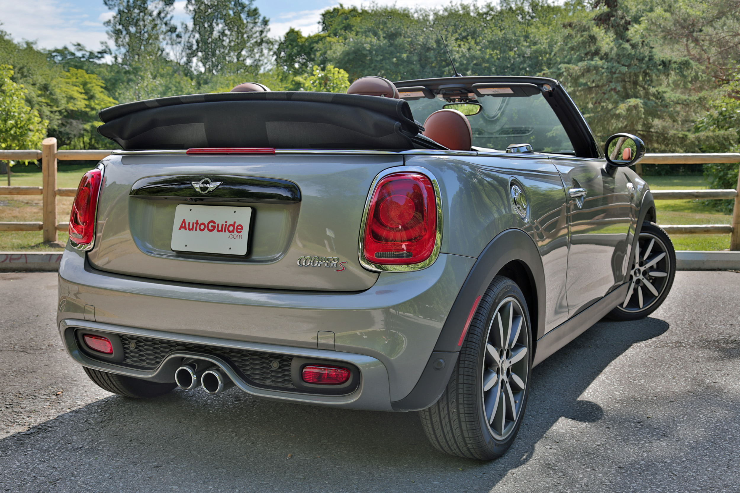 2016 Mini Cooper S Convertible Review 15