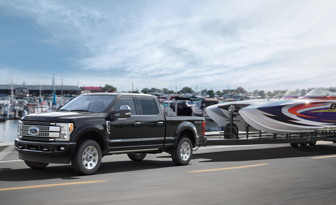 2017 ford super duty tows at least 31 500 pounds with adaptive cruise control news. Black Bedroom Furniture Sets. Home Design Ideas