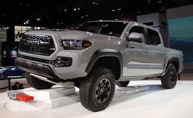 2017 toyota tacoma trd pro doesn 39 t come cheap off roader starts at 41 700 news. Black Bedroom Furniture Sets. Home Design Ideas
