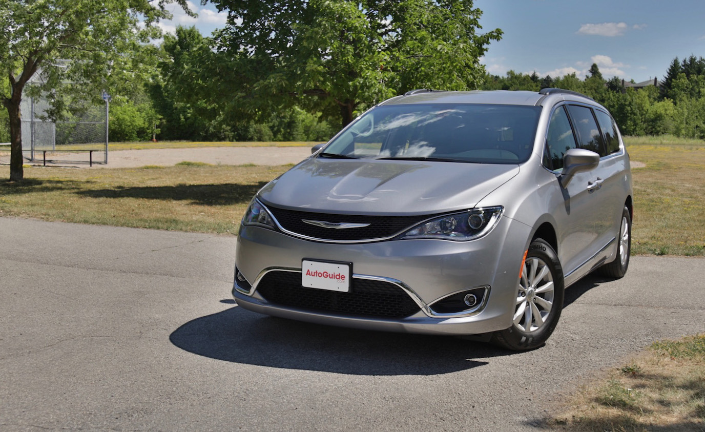 Honda Parts Cheap >> 2017 Chrysler Pacifica Review - AutoGuide.com
