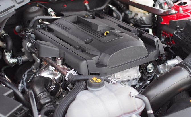 2016-Ford-Mustang-EcoBoost-Engine