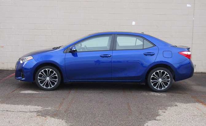 2016 toyota corolla s plus review. Black Bedroom Furniture Sets. Home Design Ideas