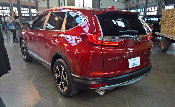 2017-Honda-CR-V-Rear